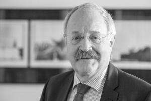 Profilbild des Fachanwalts für Bau- und Architektenrecht Dr. Thomas Schwamb, München auf baurechtsuche.de
