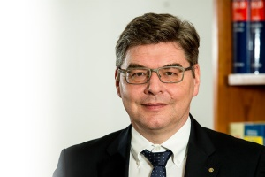 Fachanwalt für Bau- und Architektenrecht Hans-Jörg Adamaschek, Mühlhausen